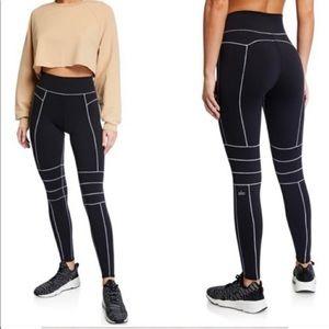 ALO Yoga • High Waist Endurance Legging in Black